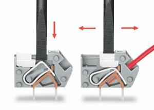 Серия 218: Подключение проводника: для открытия отверстия зажимного устройства, используйте отвертку, а затем вставьте зачищенный проводник