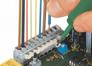 Серия 255: Вставка / извлечение проводника при помощи нажимной кнопки